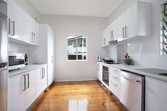 15 Park Terrace, Sherwood QLD 4075