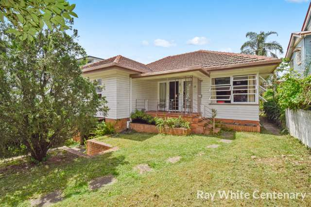 12 Sir Fred Schonell Drive, St Lucia QLD 4067