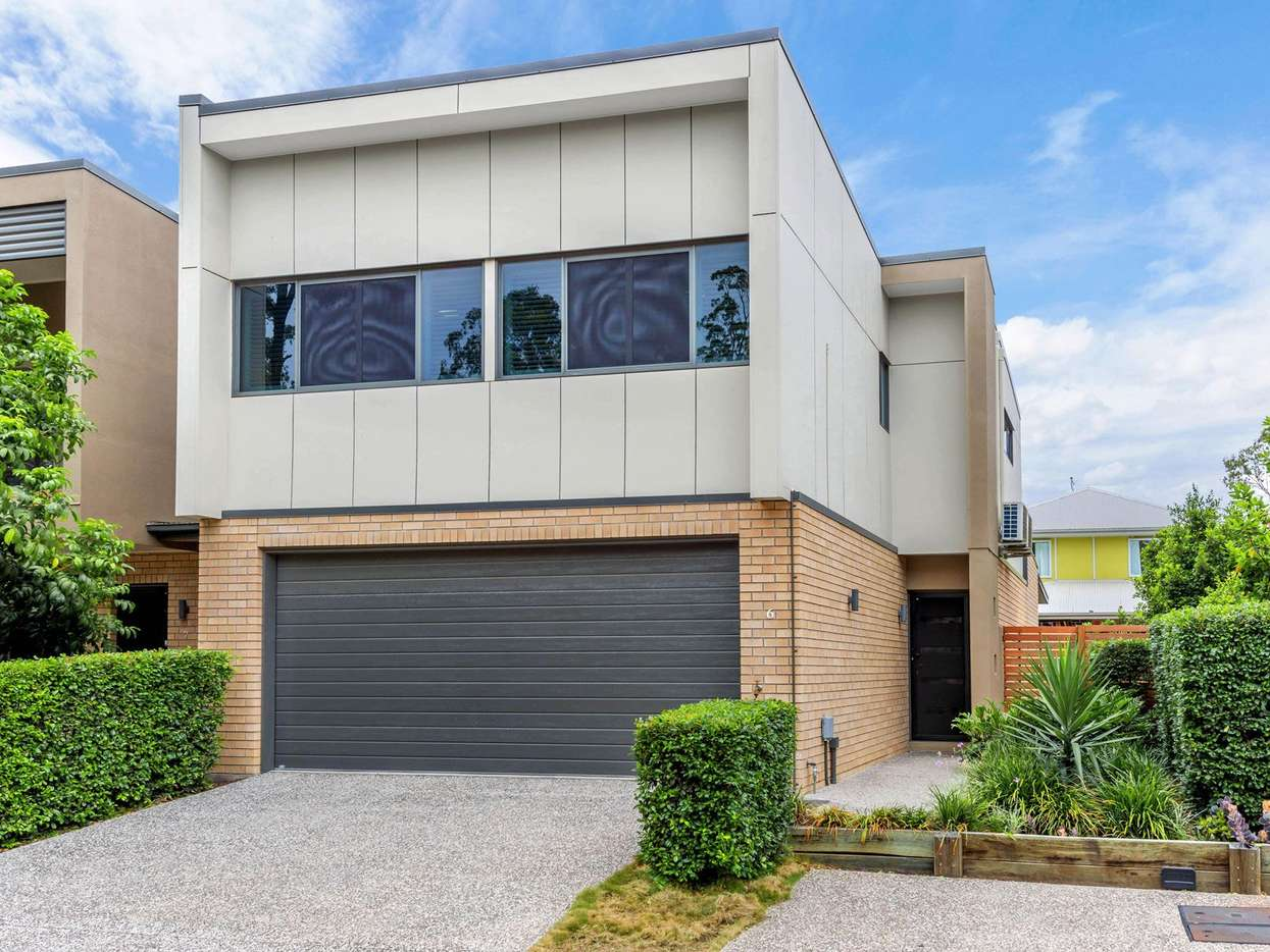 Main view of Homely townhouse listing, 6/8 Valance Street, Oxley, QLD 4075