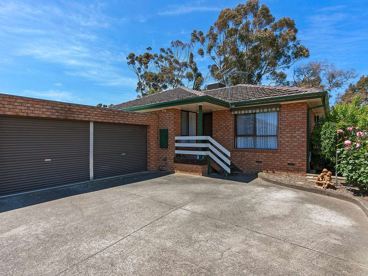 Main view of Homely unit listing, 2/18 Coventry Crescent, Mill Park, VIC 3082