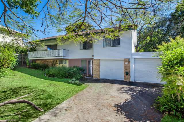 25 Sammells Drive, Chermside QLD 4032