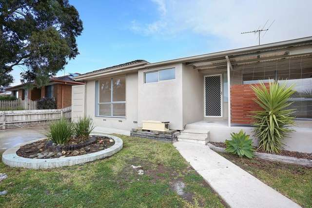 28 Ashleigh Crescent, Meadow Heights VIC 3048
