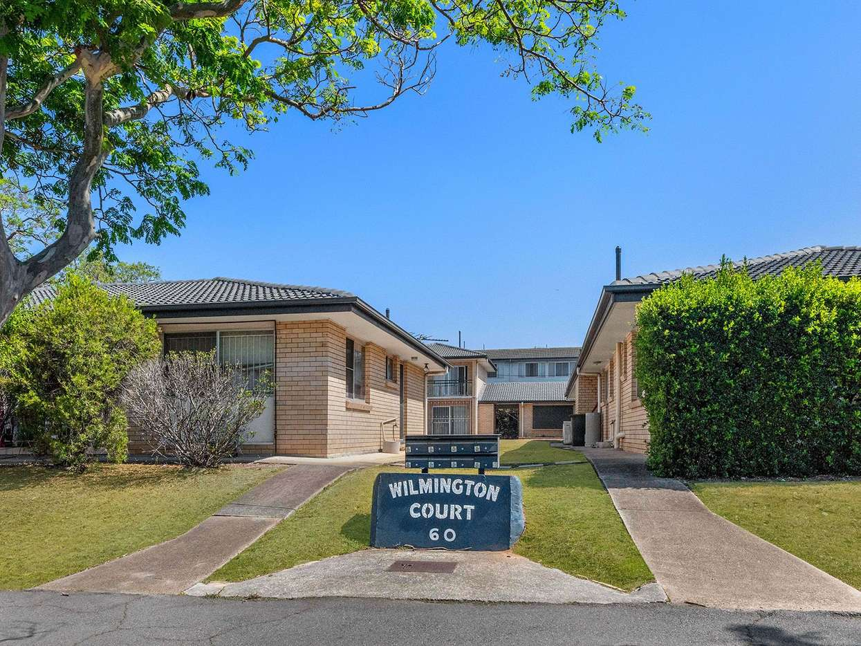 Main view of Homely apartment listing, 2/60 Chalk Street, Wooloowin, QLD 4030
