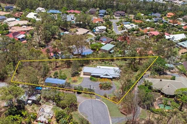4 Barton Court, Eatons Hill QLD 4037