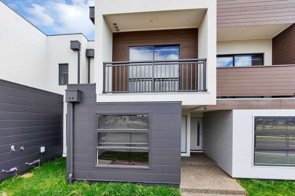 Main view of Homely house listing, 3/G Charlwood Promenade, Werribee, VIC 3030
