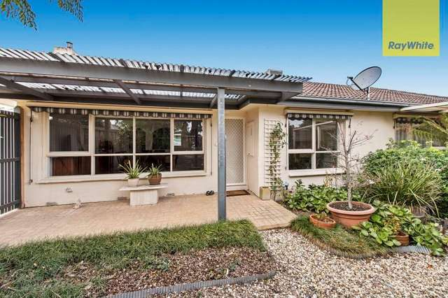 99 Anne Road, Knoxfield VIC 3180