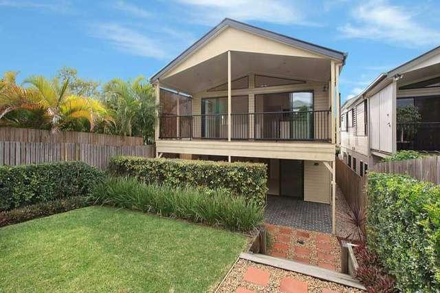 77 Thynne Avenue, Norman Park QLD 4170