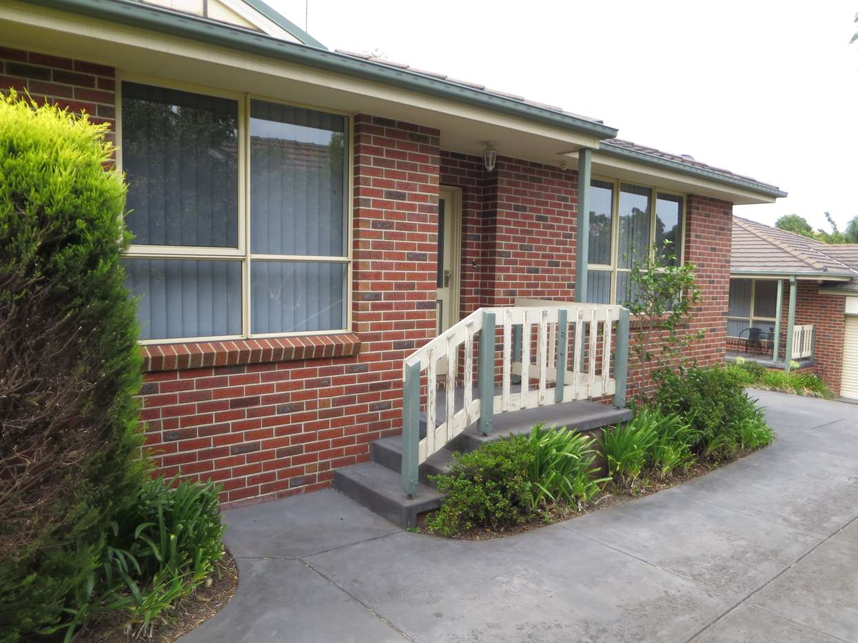 Main view of Homely unit listing, 2/46 Darbyshire Road, Mount Waverley, VIC 3149