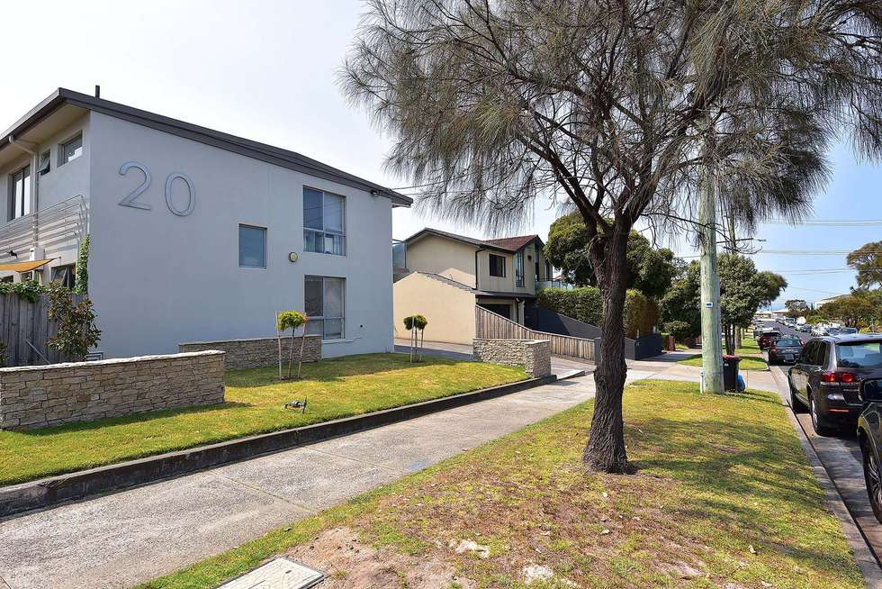 Fourth view of Homely townhouse listing, 2/20 Parkers Road, Parkdale VIC 3195