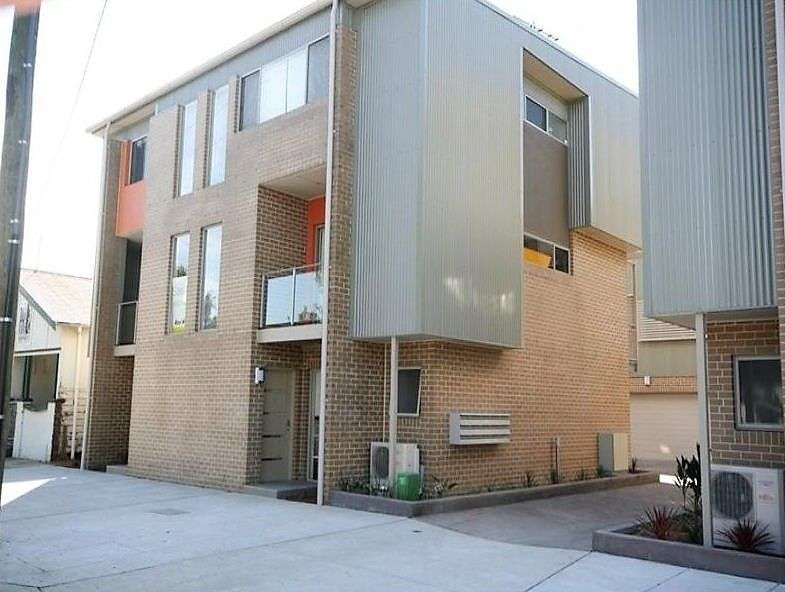 Main view of Homely townhouse listing, 14/124 Young Street, Carrington, NSW 2294