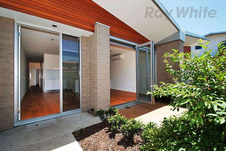Main view of Homely unit listing, 5/21-23 Westgate Street, Pascoe Vale, VIC 3044