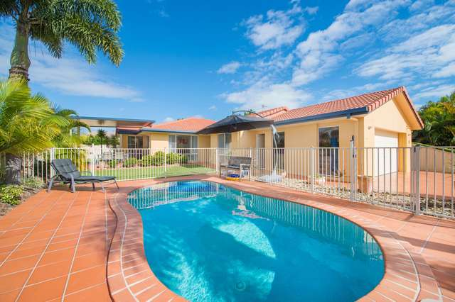 30 Coronet Crescent, Burleigh Waters QLD 4220