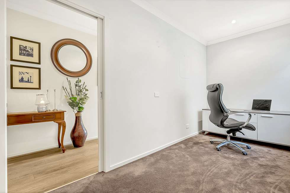 Fifth view of Homely house listing, 21 Cavalier Drive, Craigieburn VIC 3064