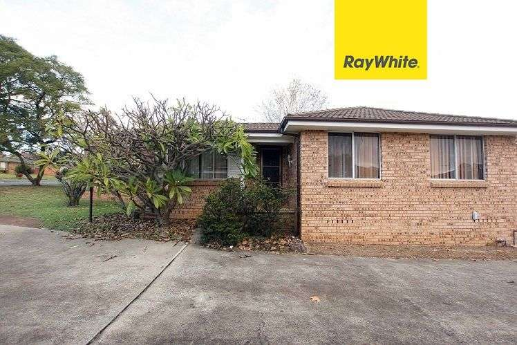 Main view of Homely house listing, 13/8 Bensley Road, Macquarie Fields, NSW 2564