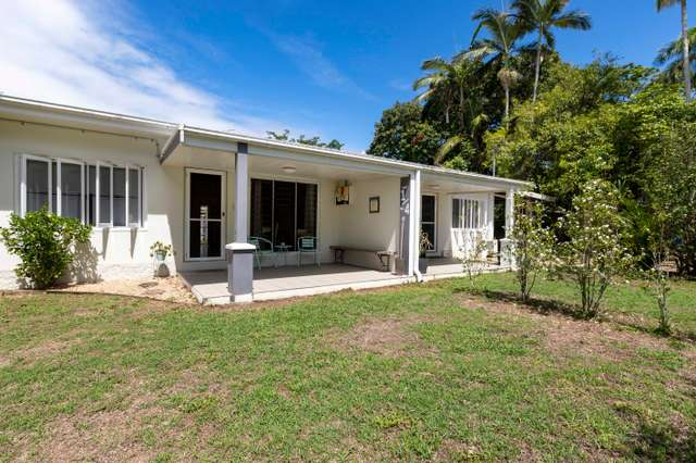 1 and 2/4 Olive Street, Newell QLD 4873