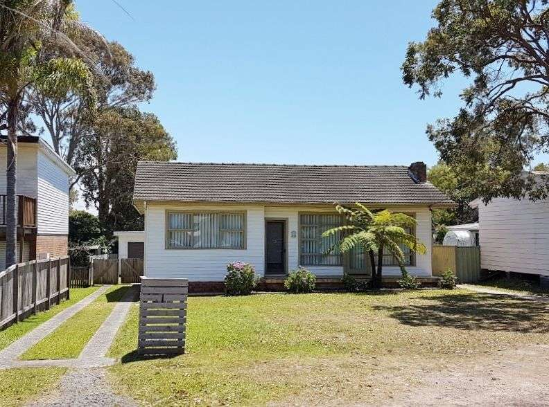 Main view of Homely house listing, 6 Fourth Avenue, Toukley, NSW 2263