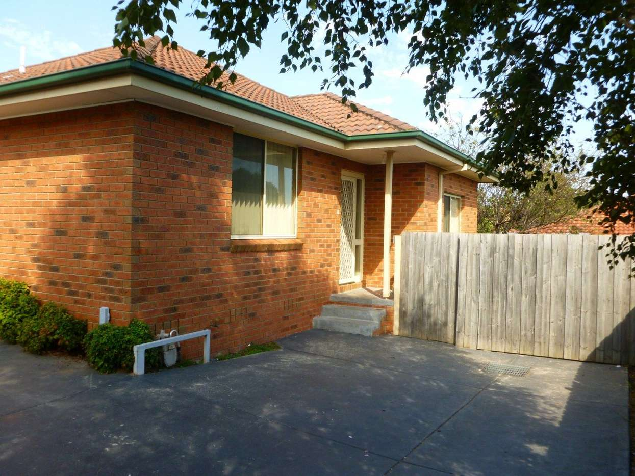 Main view of Homely unit listing, 3/10 Oakleigh Street, Oakleigh East, VIC 3166
