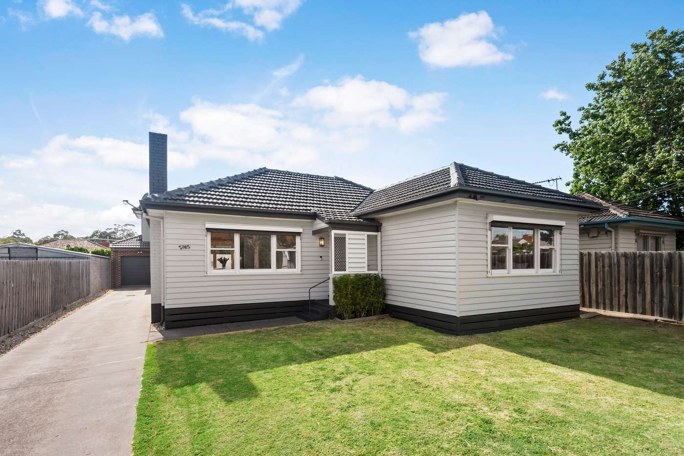 Main view of Homely unit listing, 1/16 Sumersett Avenue, Oakleigh South, VIC 3167