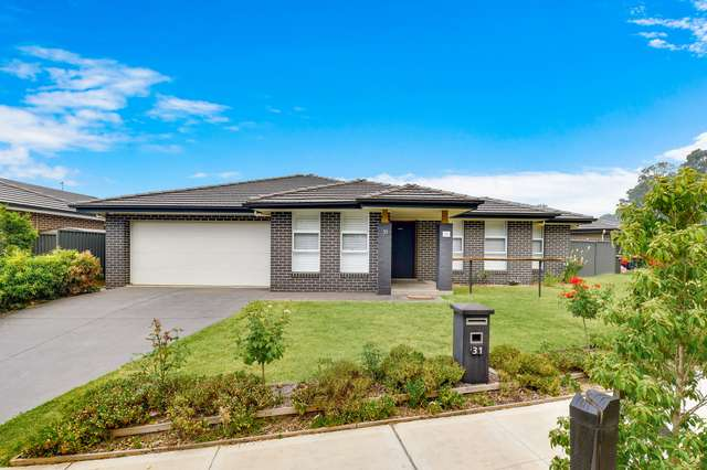 31 Grantham Crescent, Denham Court NSW 2565