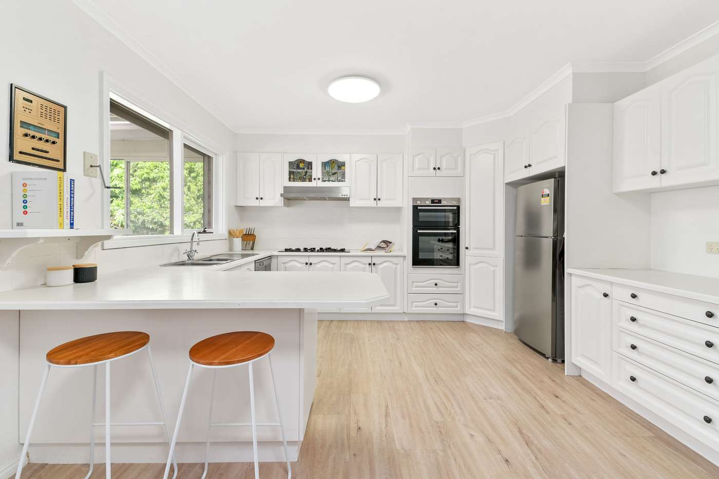 Main view of Homely townhouse listing, 2/106 Whalley Drive, Wheelers Hill, VIC 3150