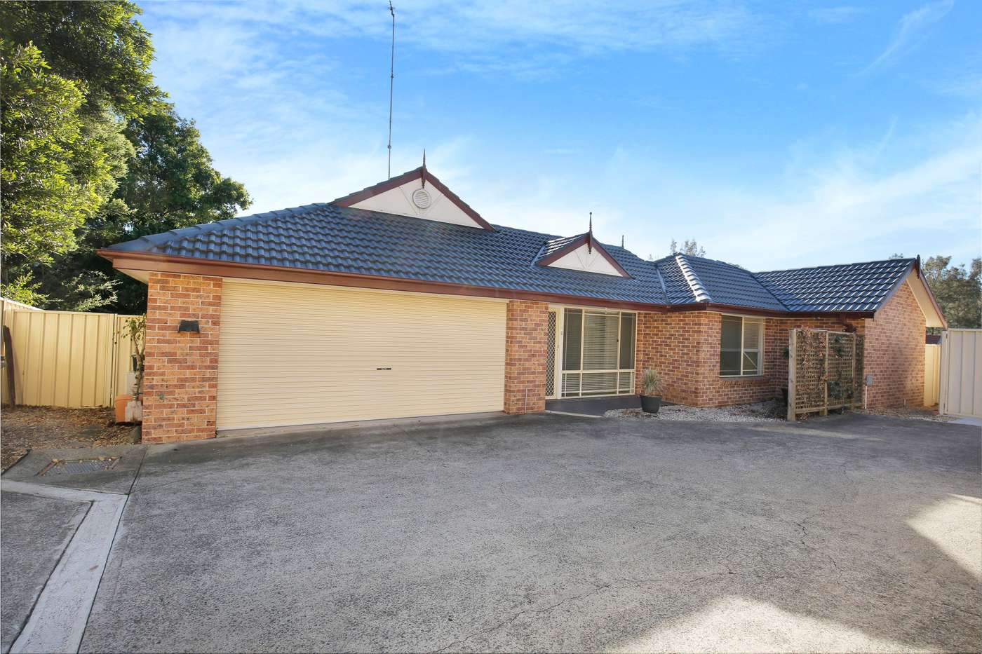 Main view of Homely villa listing, 3/37 Wonson Avenue, Coniston, NSW 2500