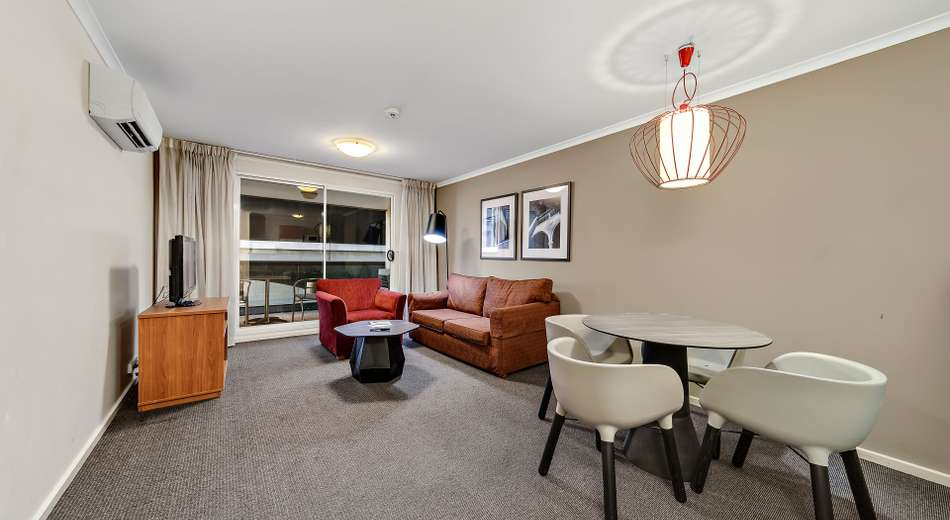 6/84 Northbourne Avenue