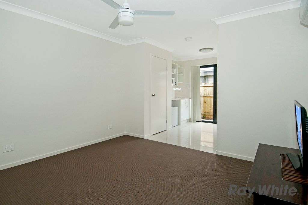 Main view of Homely studio listing, Room 4 78 South Quarter Drive, Loganlea, QLD 4131