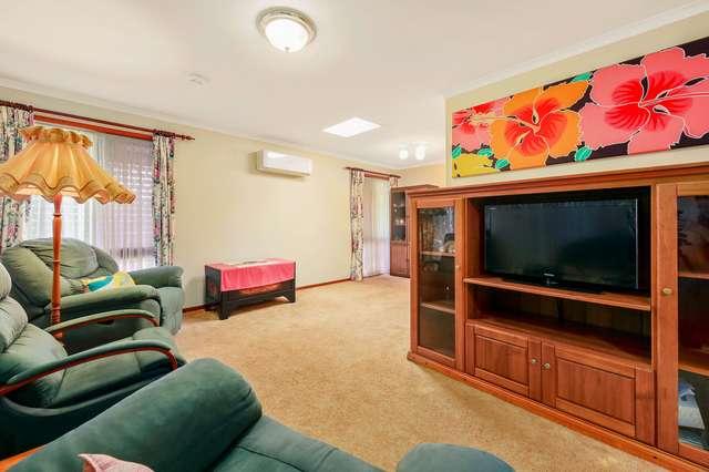 15 Greenvale Court, Regents Park QLD 4118