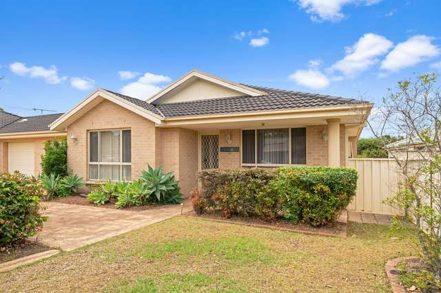 1/20 Freesia Crescent, Bomaderry NSW 2541