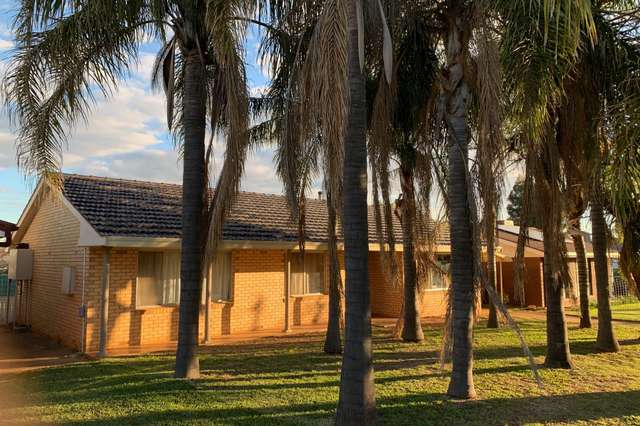 64 Oxley Circle, Dubbo NSW 2830