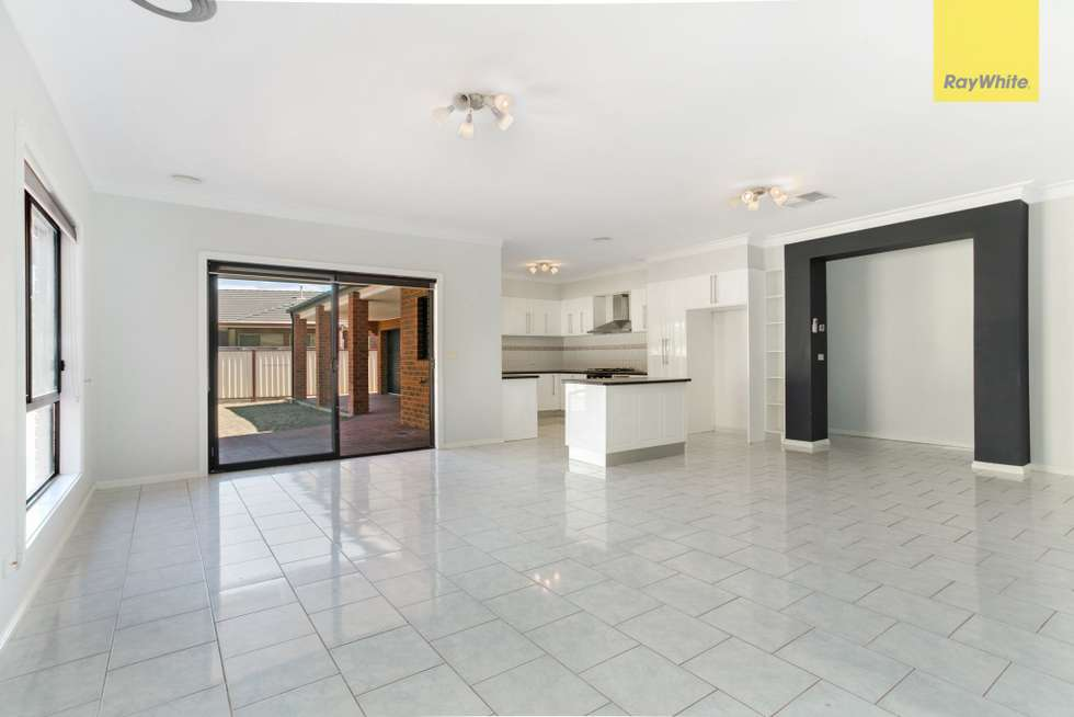 Second view of Homely house listing, 32 Cambridge Crescent, Taylors Lakes VIC 3038