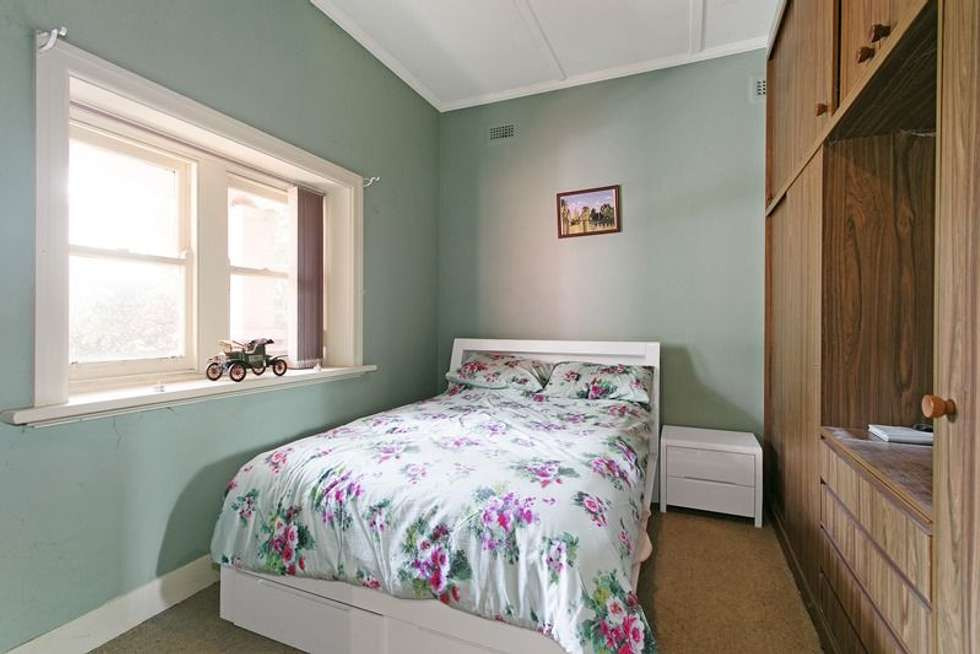 Second view of Homely house listing, 8 Chute Street, Mordialloc VIC 3195