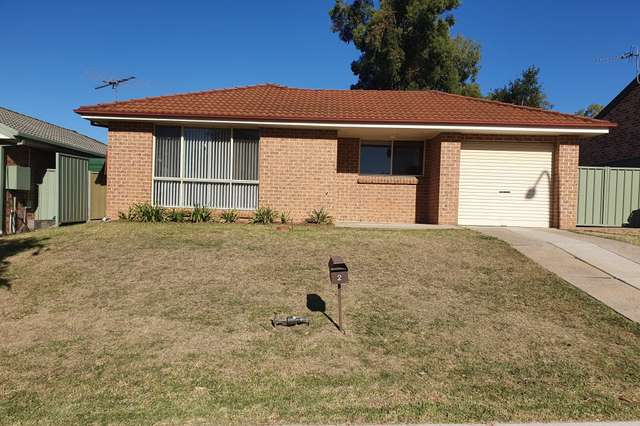2 Borodin Close, Cranebrook NSW 2749