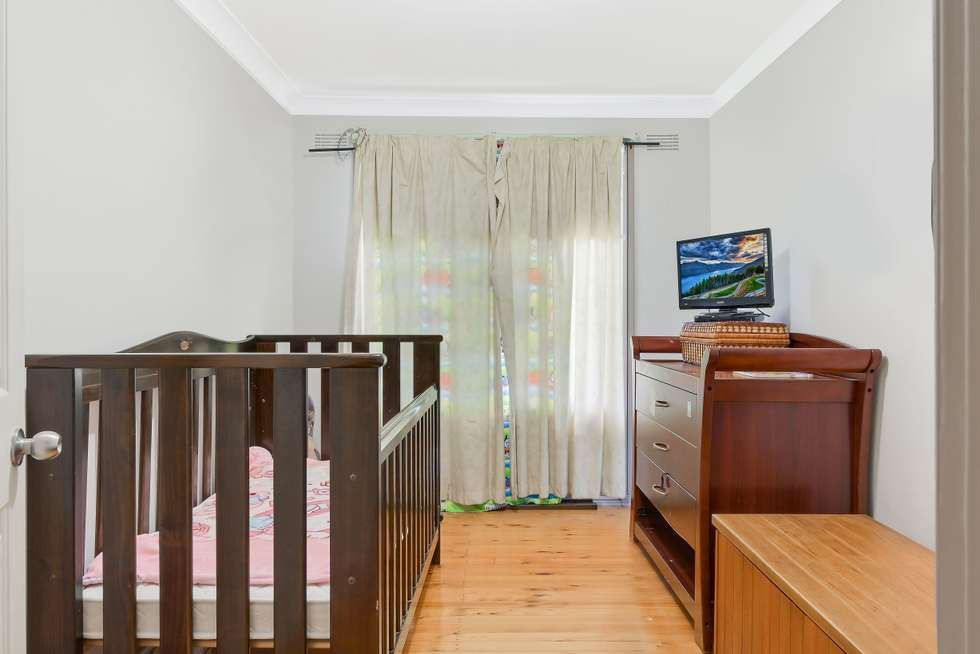 Fifth view of Homely house listing, 2 Evelyn Street, Macquarie Fields NSW 2564