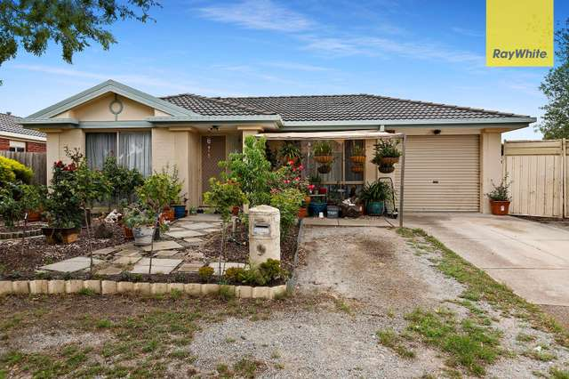 19 Daly Close, Sunbury VIC 3429