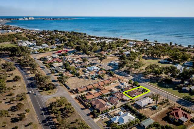 2/396 Chapman Road, Bluff Point WA 6530