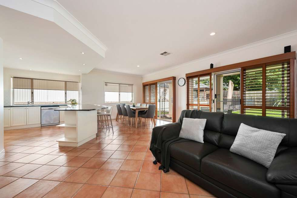 Second view of Homely house listing, 39 Sunset Place, Carindale QLD 4152