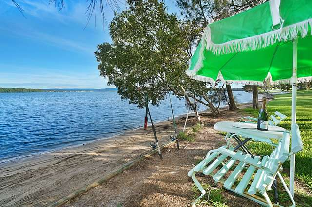 8 Sunset Parade, Chain Valley Bay NSW 2259