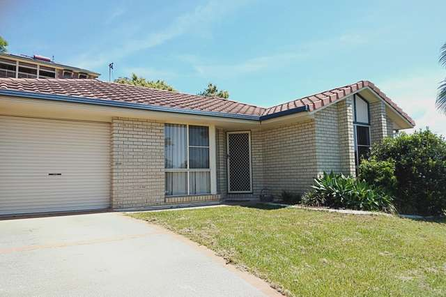 6 Stonehaven Way, Banora Point NSW 2486
