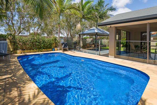 7 Parkwater Terrace, Helensvale QLD 4212