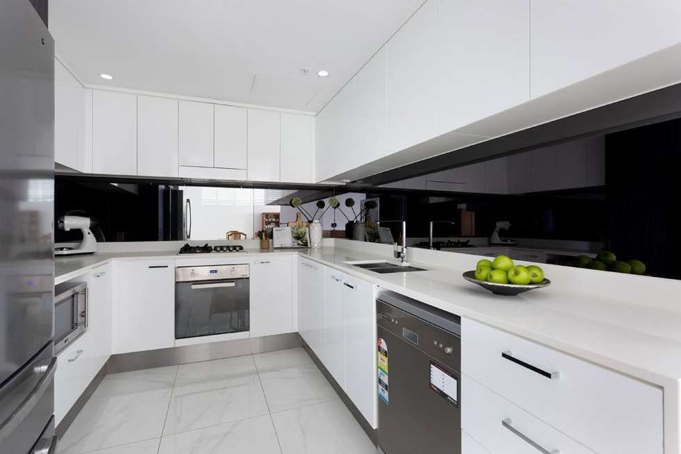 Fourth view of Homely unit listing, 31005/5 Harbour Side Court, Biggera Waters QLD 4216