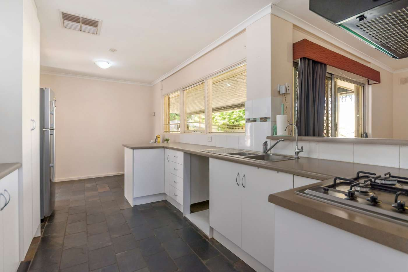 Sixth view of Homely house listing, 7 Rosewall Avenue, Gulfview Heights SA 5096