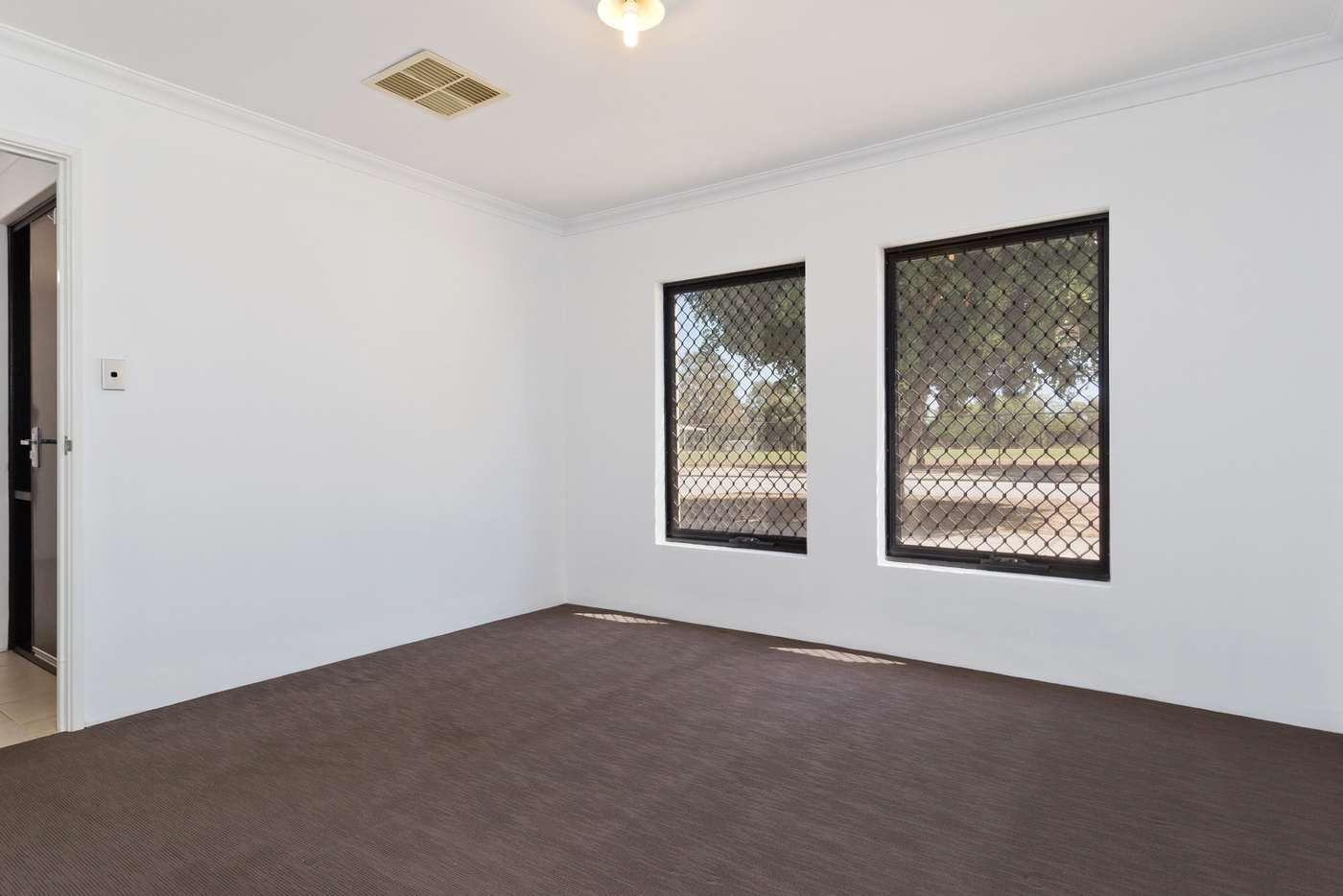 Sixth view of Homely house listing, 6/211 Treasure Road, Queens Park WA 6107