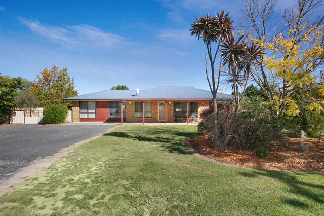 290 Falconer Street, Guyra NSW 2365