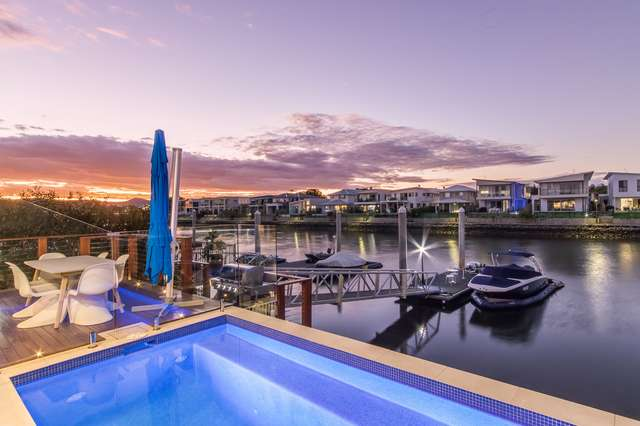 86 North Quay Circuit, Hope Island QLD 4212