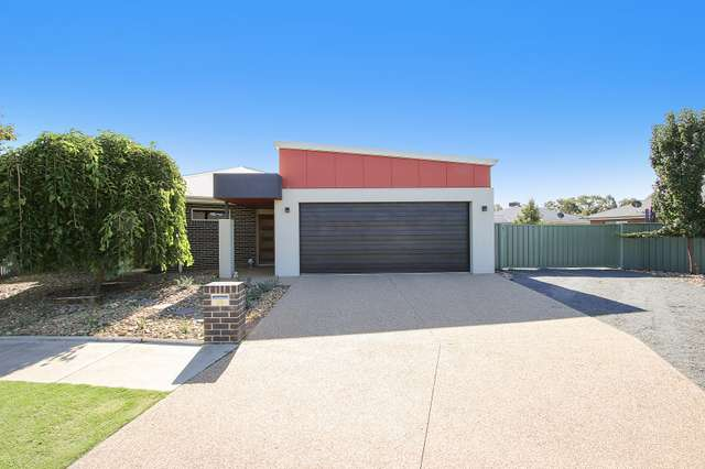 9 Emily Court, Howlong NSW 2643