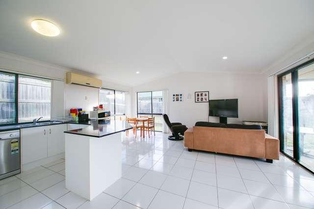 6 Neumann Place, Leichhardt QLD 4305