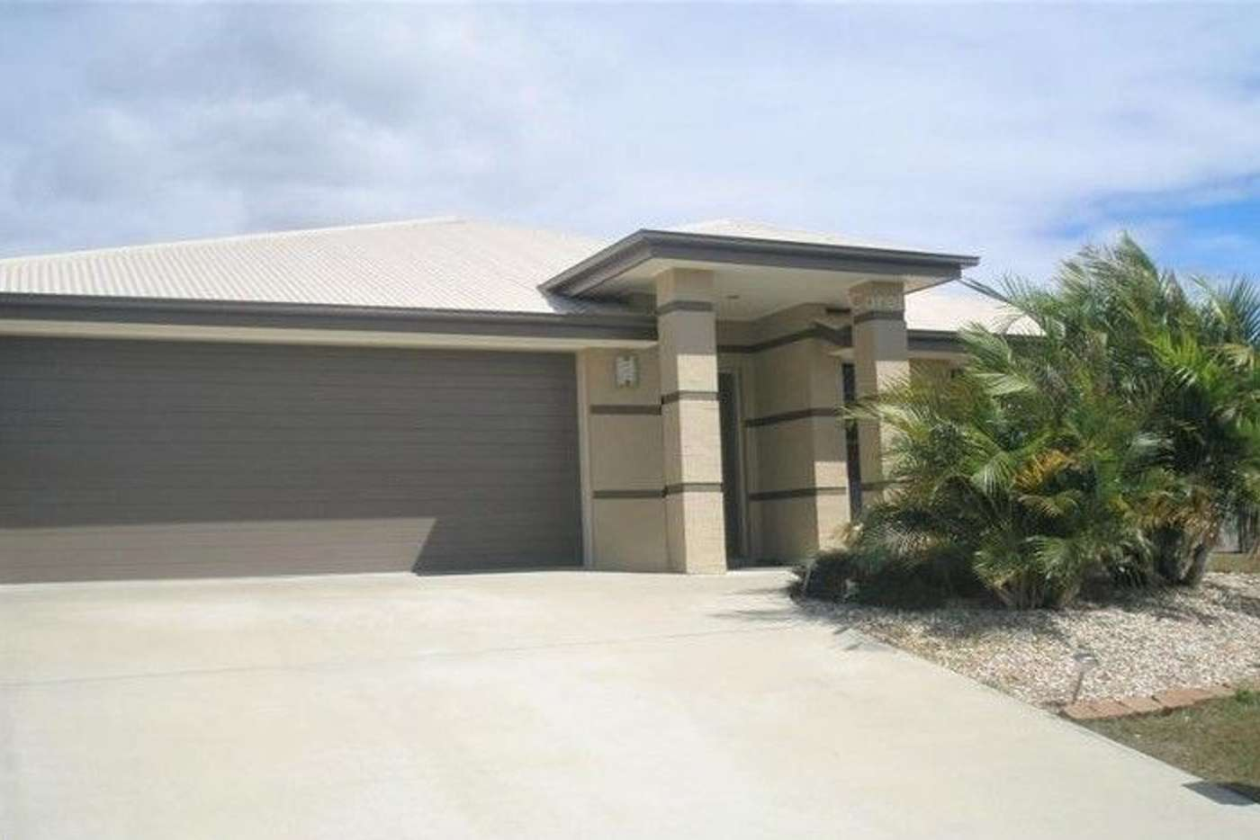Main view of Homely house listing, 27 Serenity Court, Crestmead QLD 4132