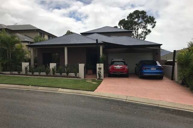 5 Hawthorne Place, Forest Lake QLD 4078