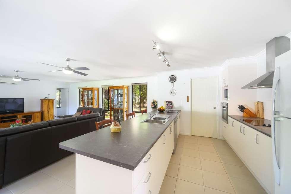 Third view of Homely house listing, 2 Belwood Place, Pomona QLD 4568